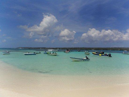 Sol Caribe Campo: playa aledaña