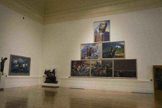 Galleria Nazionale d'Arte Moderna (GNAM): Sala interna - sezione futurista