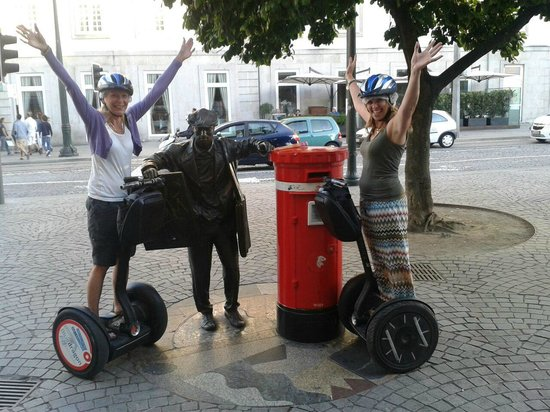 Bluedragon Porto City Tours: Having fun on the Segways