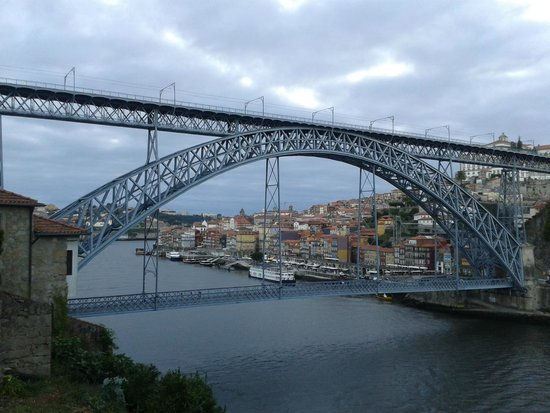 Bluedragon Porto City Tours: Gustave Eiffel's Dona Maria Bridge over the river Douro