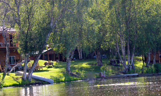 Daniels Lake Lodge Bed & Breakfast: View from the Lake, of the Lodge and Cabin