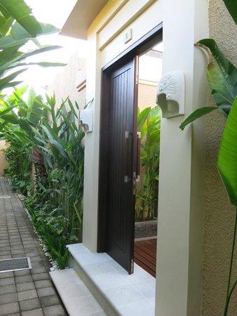 My Villas in Bali: Front Door to Villa