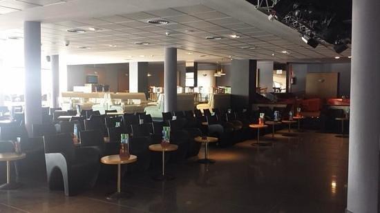 Aqua Hotel Aquamarina & Spa : bar area
