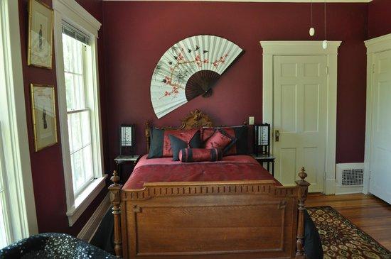 Limestone House Bed & Breakfast: Ford Guestroom 5