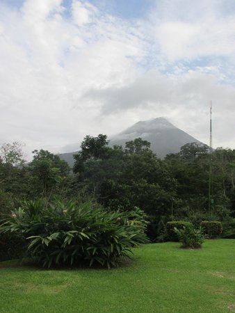 Volcano Lodge & Springs: View from our porch