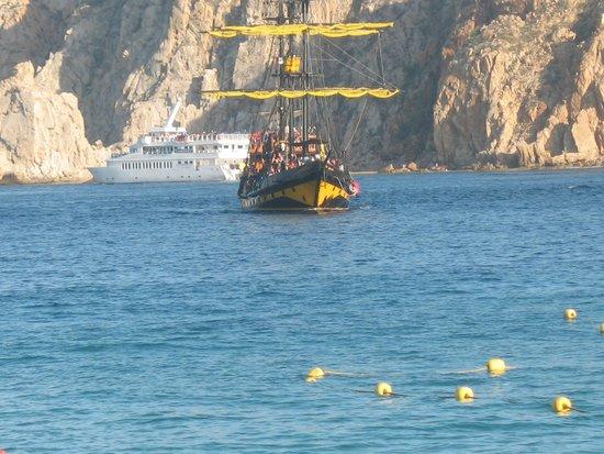 Playa del Amor : atraccion el barcopirata fabuloso