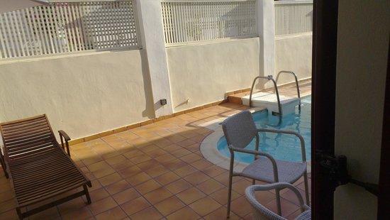Aeolis Boutique Hotel: Terrace