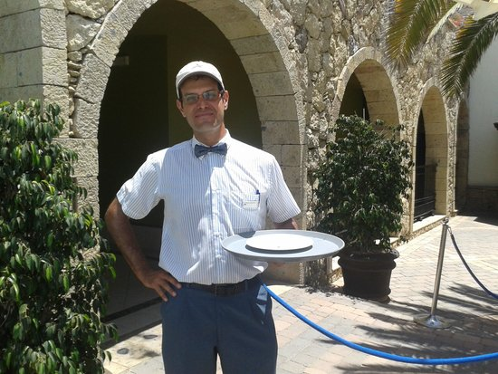 Lopesan Villa del Conde Resort & Corallium Thalasso: Thank you to Miguel for looking after us so well....nothing was too much trouble..