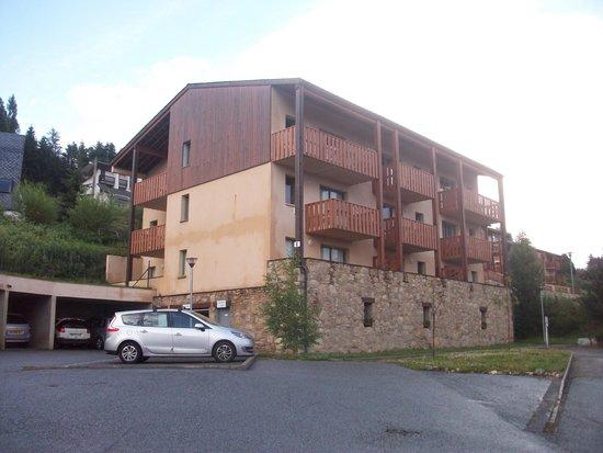 Nemea Residence Les chalets du Belvedere: une vue du chalet E