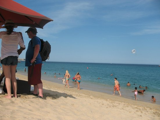 Playa del Amor : playa limpia y tranquila