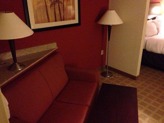Comfort Suites Vero Beach: Sofà corner
