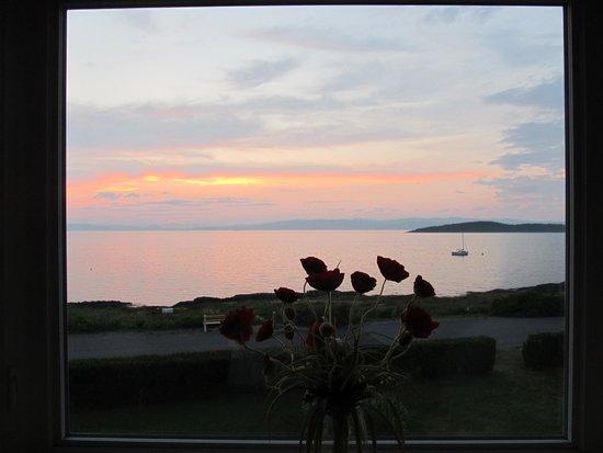 Auberge Foin de Mer : Sunset from La Sauge