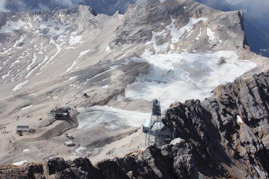 Zugspitze: Grey peak