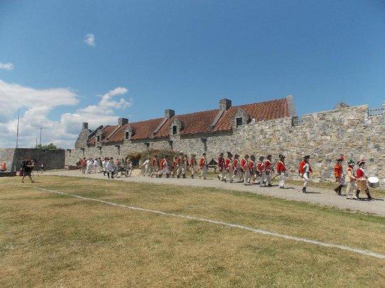 Fort Ticonderoga : re-enactment