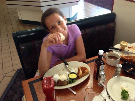 Sizzler : Good food
