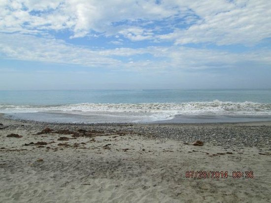 Riviera Beach Spa Resort : Beach