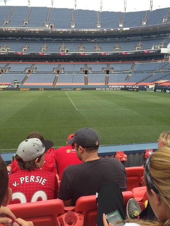Sports Authority Field at Mile High: Waiting for training