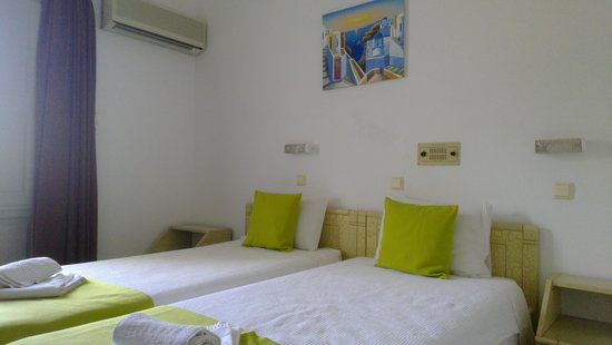 Hotel Makarios : Double room 203