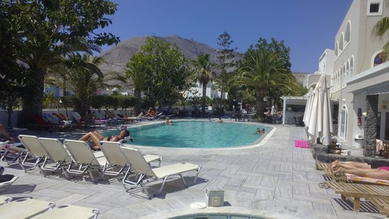 Hotel Makarios: Pool area
