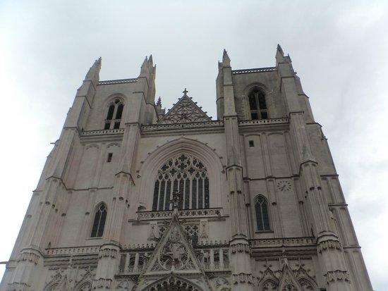 Cathédrale de Saint-Pierre et Saint-Paul : nte