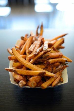 Dogs 'n Frys : Dogs n Frys Freshly Made Fries