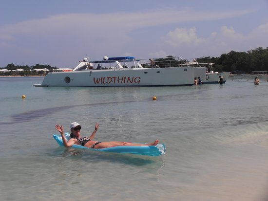 Hotel Riu Palace Tropical Bay: Wildthing catamaran