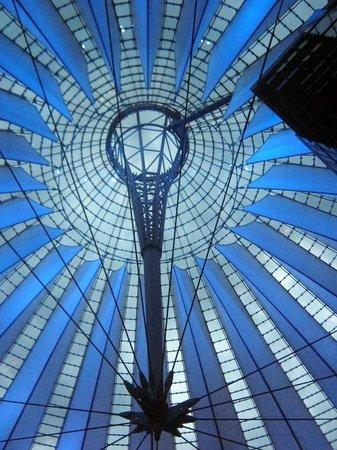 Cúpula del Sony Center en Potsdamer Platz