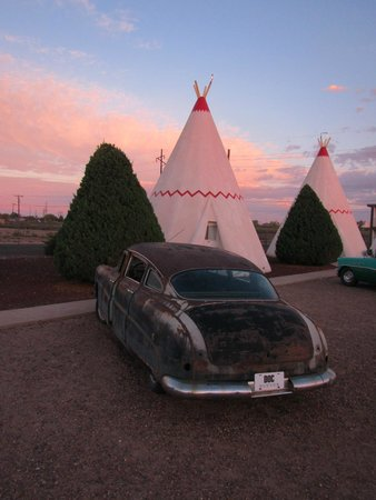 Wigwam Motel: One of about 65 photographs I shot of the Wigwam and its beautiful property.