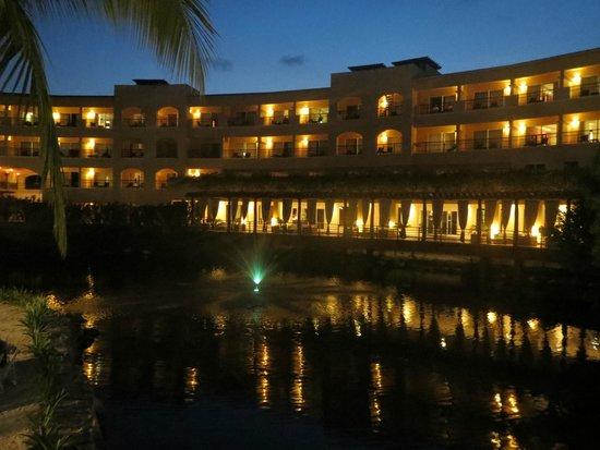 Hacienda Tres Rios : el hotel de noche
