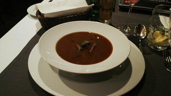 Mamaison Hotel Andrassy Budapest : Goulash soup