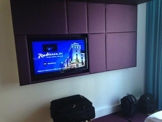 Radisson Blu Plaza Hotel, Helsinki: Flachbild TV mit 3D Funktion