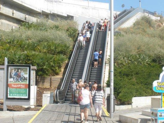Hotel Paraiso de Albufeira: Old Town Outside escalators