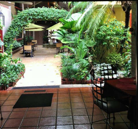 Humuya Inn: ...the moment you walk in.
