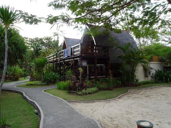 Hotel Vila Ombak: Traditional Hut