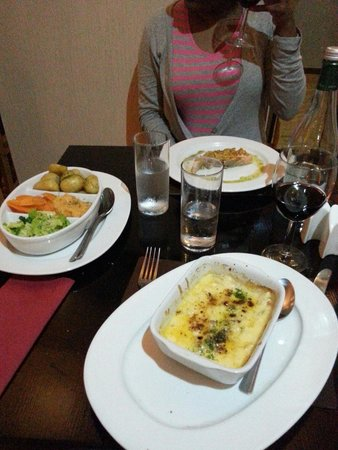 Mojos Bistro: our meal that evening!