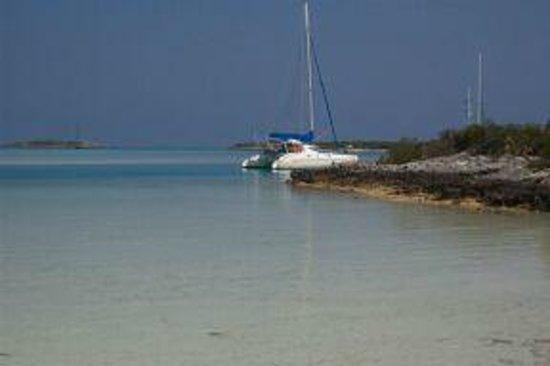 Paradise Found Sailing: Kit at Warderick Wells, Exumas, Bahamas
