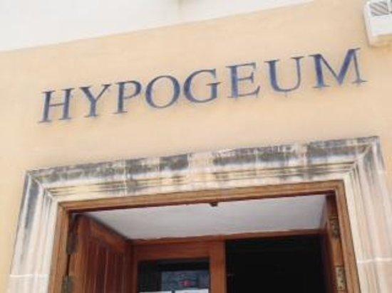 Hipogeo de Hal Saflieni: Outside the building
