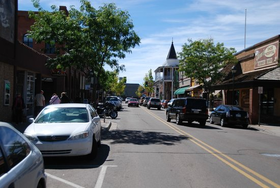 Comfi Cottages of Flagstaff : Downtown shopping