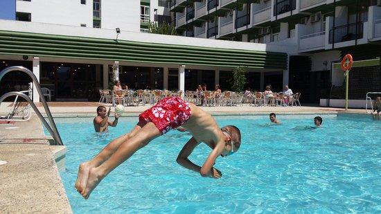 Hotel San Fermin : al agua!!!