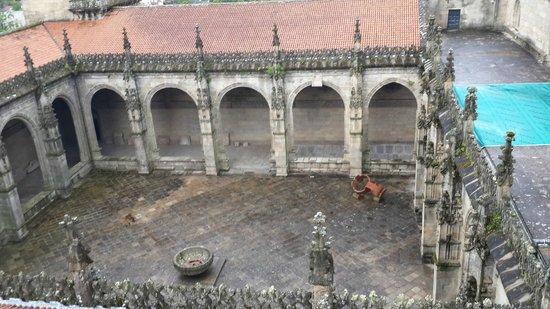 Kathedrale von Santiago de Compostela: Vista del patio de la catedral desde las terrazas