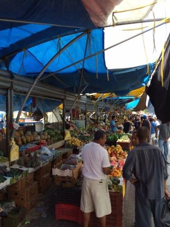 The Natural Curacao: floating market in Willemstad