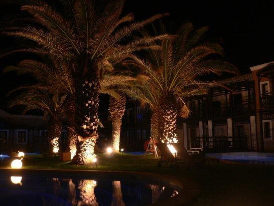 Aldemar Royal Mare Thalasso Resort : PISCINAS PRIVADAS DE LAS HABITACIONES
