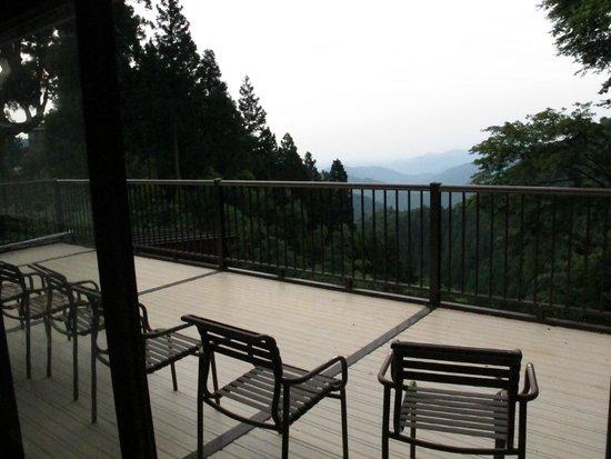 Shukubo KomadoriSanso: terrasse privée, vue de la chambre