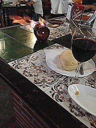 Los Barriles: Choricillo al infierno y copita de vino mmmmmm
