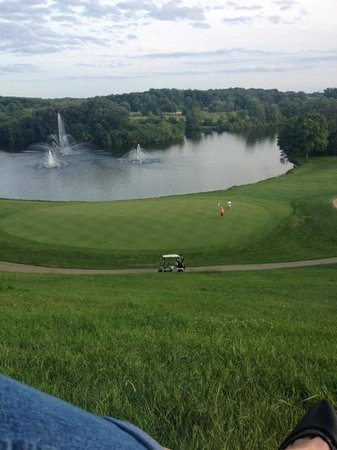 Grand Geneva Resort & Spa: Our view of the golf course below-outside our room