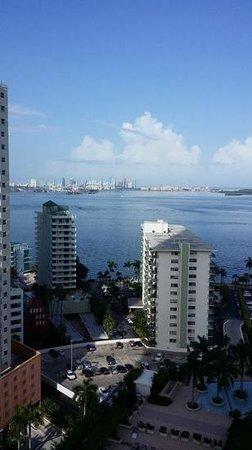 Four Seasons Hotel Miami: Four Seasons Miami Bay View
