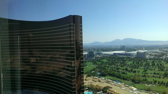 The Palazzo Resort Hotel Casino : View of the Wynn from the Palazzo room, 33rd floor.