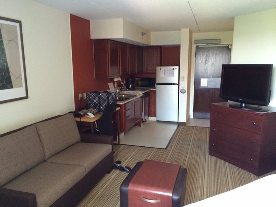Residence Inn by Marriott Minneapolis Edina: Very clean and spacious