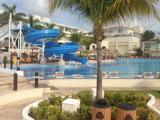 Moon Palace Cancun: new water-slide at Nizuk pool
