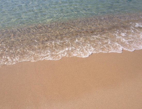 El Mouradi Beach : Mare cristallino